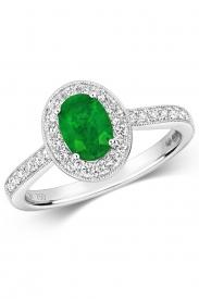 18K Oval Emerald Cluster Diamond Ring