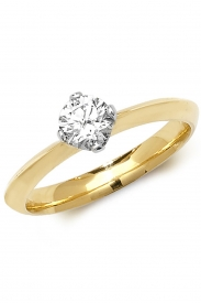 18K 4 Claw Solitaire Diamond Ring