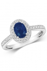 18K Oval Sapphire Cluster Diamond Ring